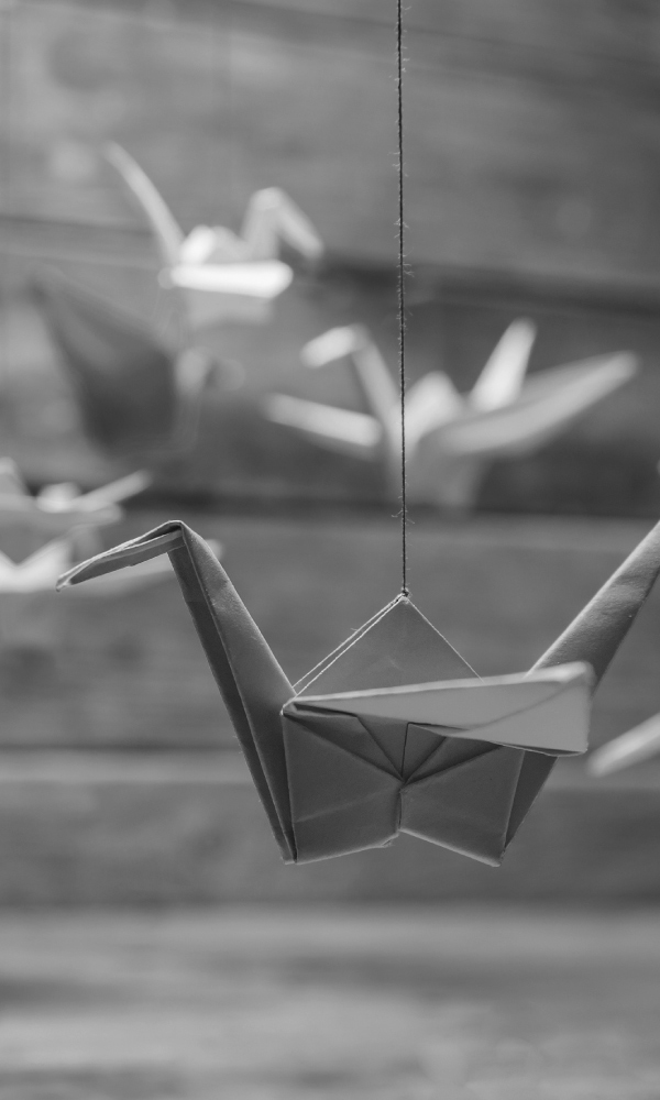 How Paper Cranes Became a Symbol of Healing in Japan – National ... | 1000x600